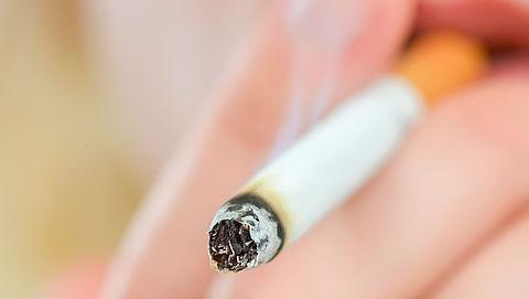 Nog geen rookverbod bij ziekenhuizen en scholen in Rotterdam}