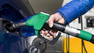 Shell bereidt proef voor met thuisbezorgen benzine
