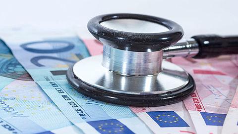'Gemiddeld 100 euro te veel betaald voor basisverzekering'}