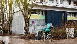 Deliveroo blijft ondanks claim rechter werken met zzp'ers