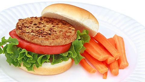 Consumentenbond: 'Vegetarische burger steeds beter alternatief'}