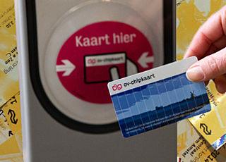'Minder treinreizen door afschaffen papieren treinkaartje'