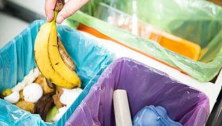 Nederlandse huishoudens zamelen meer plastic, blik en karton in
