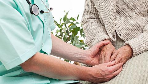 'Artsen verwijzen patiënten te snel door bij euthanasieverzoek'}