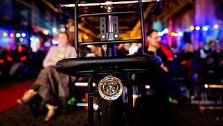 Minister en VVN starten campagne voor fietsverlichting
