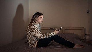 Hoe blijf je mentaal stabiel tijdens de avondklok?