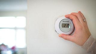 Bespaar ook in de zomermaanden, zet je cv-ketel en thermostaat op de zomerstand