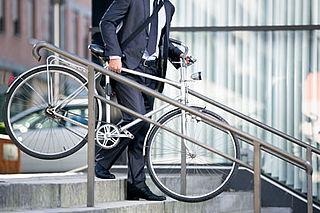 Kabinet wil 200.000 autorijdende forensen laten fietsen