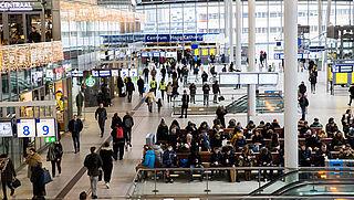 Klapperborden komen terug op drie NS-stations