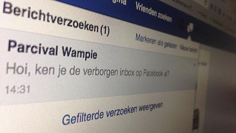 Ken je deze verborgen Facebookberichtenbox al?}