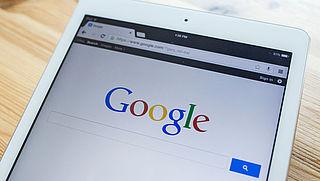 Google wiste vorig jaar dubbel zoveel advertenties als in 2016