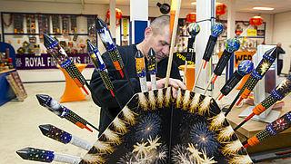 'Lanceerstandaard vuurpijl moet veiliger'