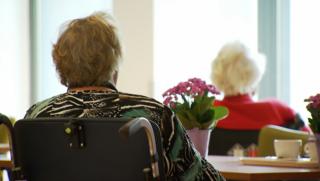 Enquête ouderenzorg in verpleeghuizen: 'Ontstellende feiten'