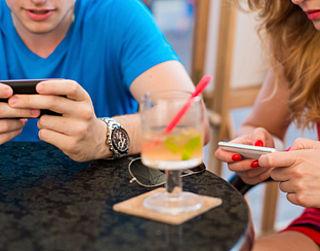 Minder vaak op je telefoon kijken?