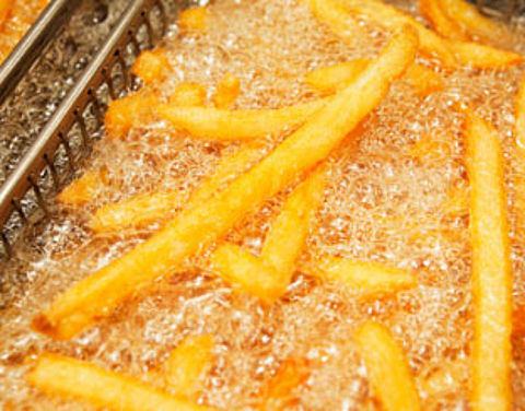 Hoeveel calorieën bevat een patatje?}