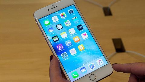Apple geeft toe dat ze oudere iPhones bewust trager maken}