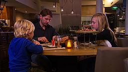 Douche: Restaurant MEDS