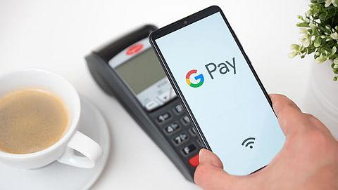 Bij deze banken kun je voortaan via je mobiel betalen met Google Pay