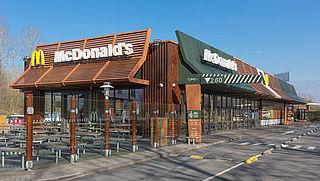 Laadpalen voor elektrische auto's bij McDonald's-restaurants