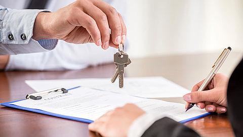 'Laat studieschuld minder zwaar meewegen bij hypotheekaanvraag'