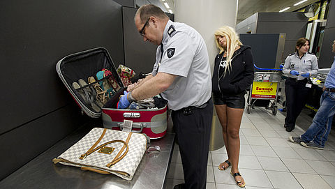 Shoppen achter de douane op Schiphol? Let op bij terugkomst