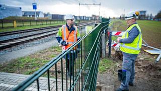 ProRail sluit drie onbewaakte spoorwegovergangen