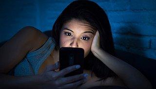 Ben je verslaafd aan je telefoon? Deze tips helpen om je telefoongebruik te verminderen!