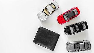 'Daling premies zet door, je kunt tot wel 100 euro besparen op je autoverzekering'