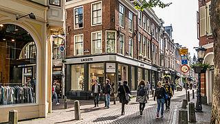 Steeds meer winkels gaan weer open. Is het nu niet te druk?