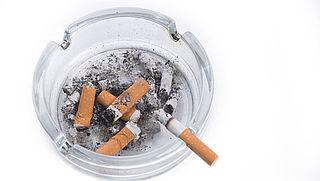 Jongeren zien vaker gevaar in van roken dan ouderen