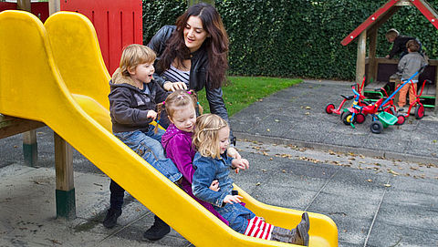 Kinderdagverblijven krijgen jaar uitstel voor strengere regels}