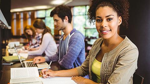 Hbo-studenten hebben grotere kans op baan na studie}