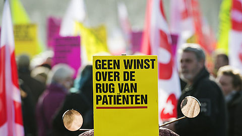 Duizenden demonstreren voor een Nationaal Zorgfonds}