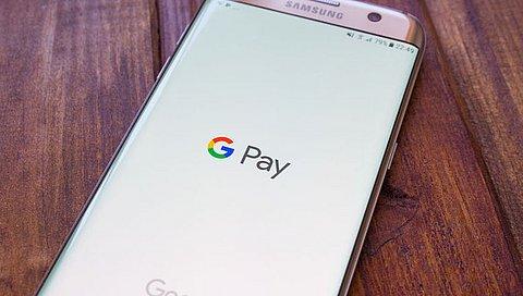 Klanten van ABN AMRO kunnen binnenkort betalen met Android-telefoon