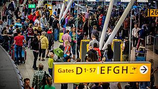 Schiphol treft maatregelen op drukste dag ooit