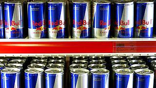 Kinderartsen: 'Verbied verkoop energiedrankjes onder de achttien'