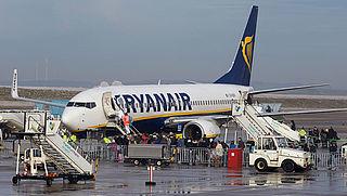 Ryanair hekelt vertraging Lelystad Airport