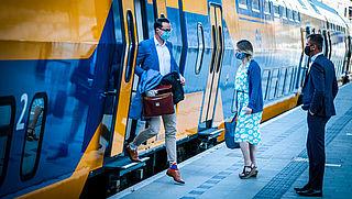 NS vraagt reizigers aan te melden voor treinrit