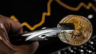 Bitcoin en andere cryptomunten zakken opnieuw flink in waarde