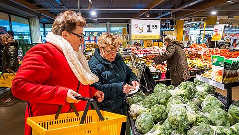 'Het is onzin dat komkommers of paprika's in plastic worden verpakt'