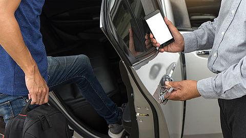 Verplichte verkeerscursus voor jonge Uberchauffeurs
