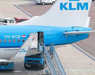 Nummertje trekken bij instappen KLM-vlucht