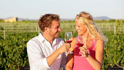 Een flesje wijn meenemen naar Nederland na je vakantie? Prima! Maar hoeveel flesjes mogen eigenlijk?}