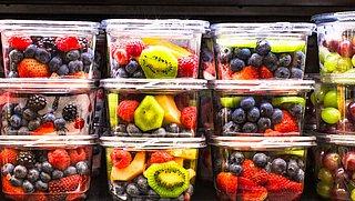 Is voorverpakt, gesneden fruit minder gezond? Feit of fabel?