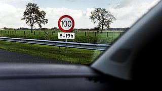Verlaging maximumsnelheid op sommige plekken vandaag al van kracht