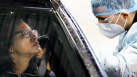 Gezondheidsinspectie: Coronatestservice mag geen sneltesten meer afnemen
