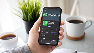 Zo zet je de donkere modus in WhatsApp aan