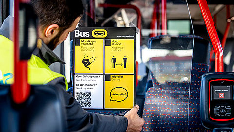 Openbaar vervoer krijgt 'kuchschermen' bij chauffeurs tegen zwartrijden