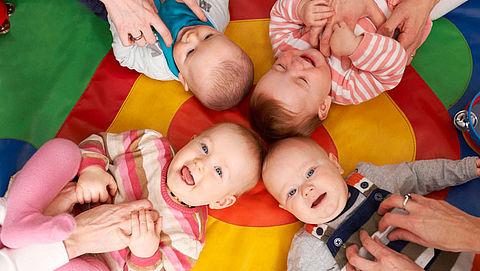 Kinkhoestprik verplicht bij werken met baby's}