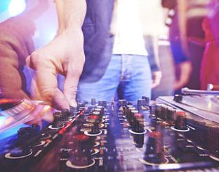 PvdA: Boete bij harde muziek
